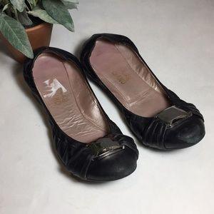 Salvatore Ferragamo Black Ballet Flats READ